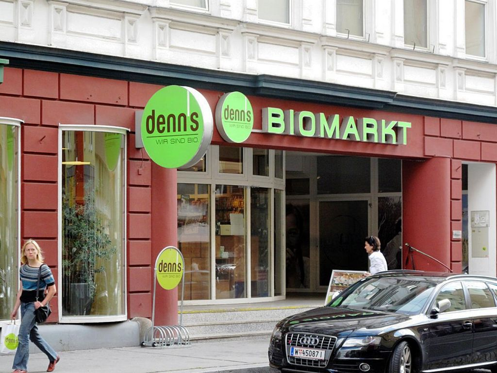 "Photo of denn's Biomarkt - Ottakringer Str.  by <a href=""/members/profile/lallilaranja"">lallilaranja</a> <br/>Denn's in Ottakringer Straße <br/> July 18, 2014  - <a href='/contact/abuse/image/25425/74321'>Report</a>"
