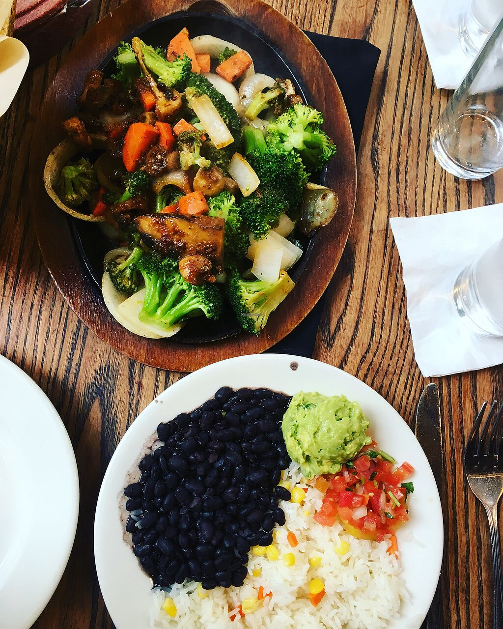 "Photo of Mexico Cantina y Concina  by <a href=""/members/profile/JessicaAllens"">JessicaAllens</a> <br/>Veggie fajitas without dairy— sooo delicious  <br/> December 23, 2017  - <a href='/contact/abuse/image/25678/338265'>Report</a>"