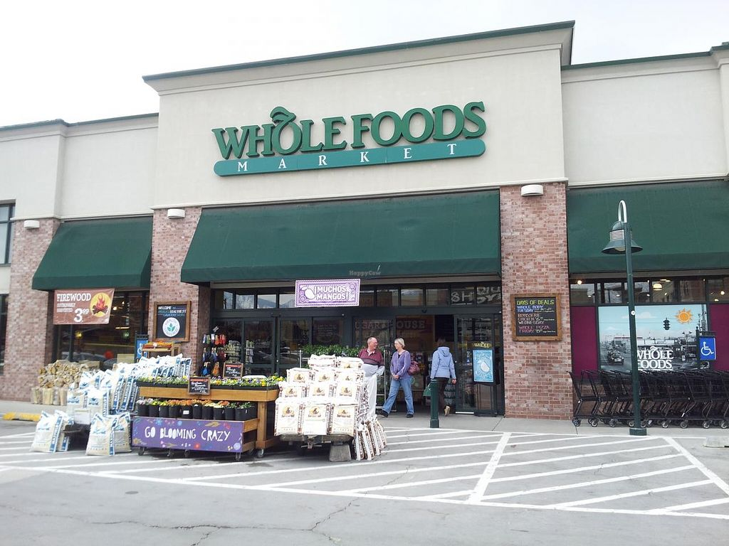 Photo of Whole Foods Market - Sugar House  by Navegante <br/>04-03-2014 <br/> April 3, 2014  - <a href='/contact/abuse/image/2568/67017'>Report</a>