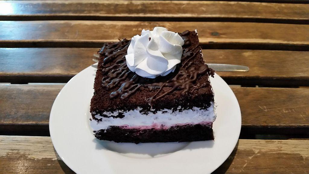 "Photo of Najadacze.pl  by <a href=""/members/profile/FernandoMoreira"">FernandoMoreira</a> <br/>typical polish cake <br/> February 1, 2018  - <a href='/contact/abuse/image/25708/353694'>Report</a>"
