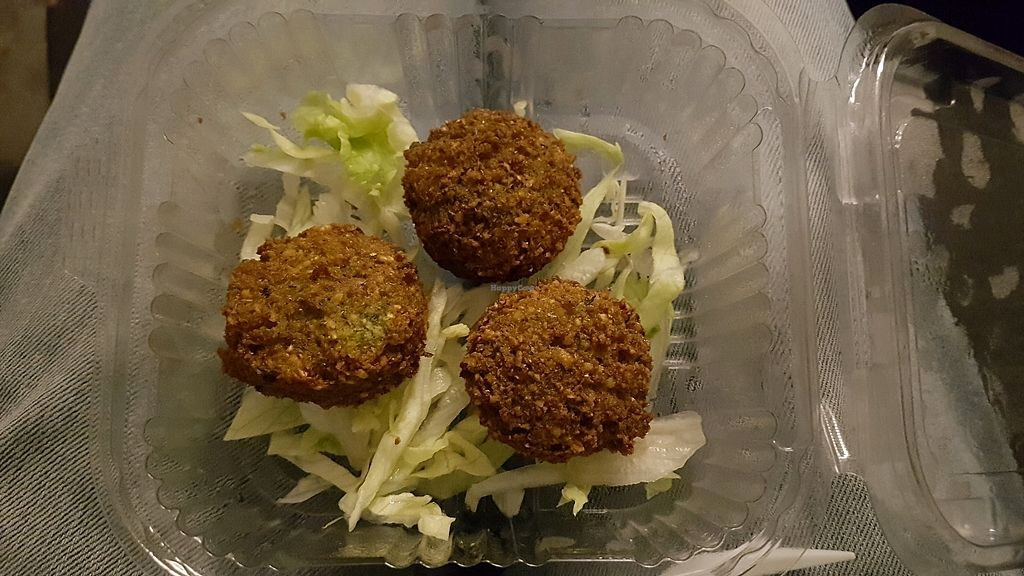 """Photo of Maoz Falafel - Damrak  by <a href=""""/members/profile/fredrare"""">fredrare</a> <br/>falafel <br/> December 21, 2017  - <a href='/contact/abuse/image/25723/337830'>Report</a>"""