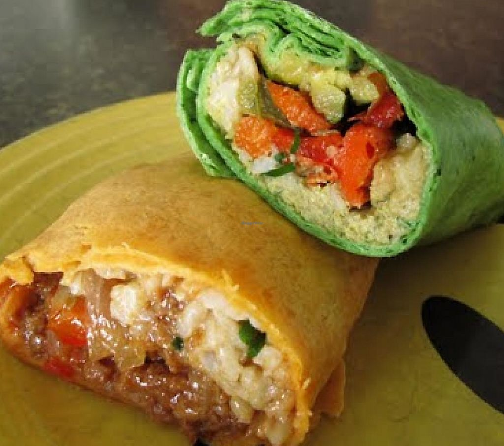 Photo of Vegpod  by RamblingVegans <br/>BBQ wrap & roasted veggies wrap <br/> March 5, 2014  - <a href='/contact/abuse/image/25731/201581'>Report</a>