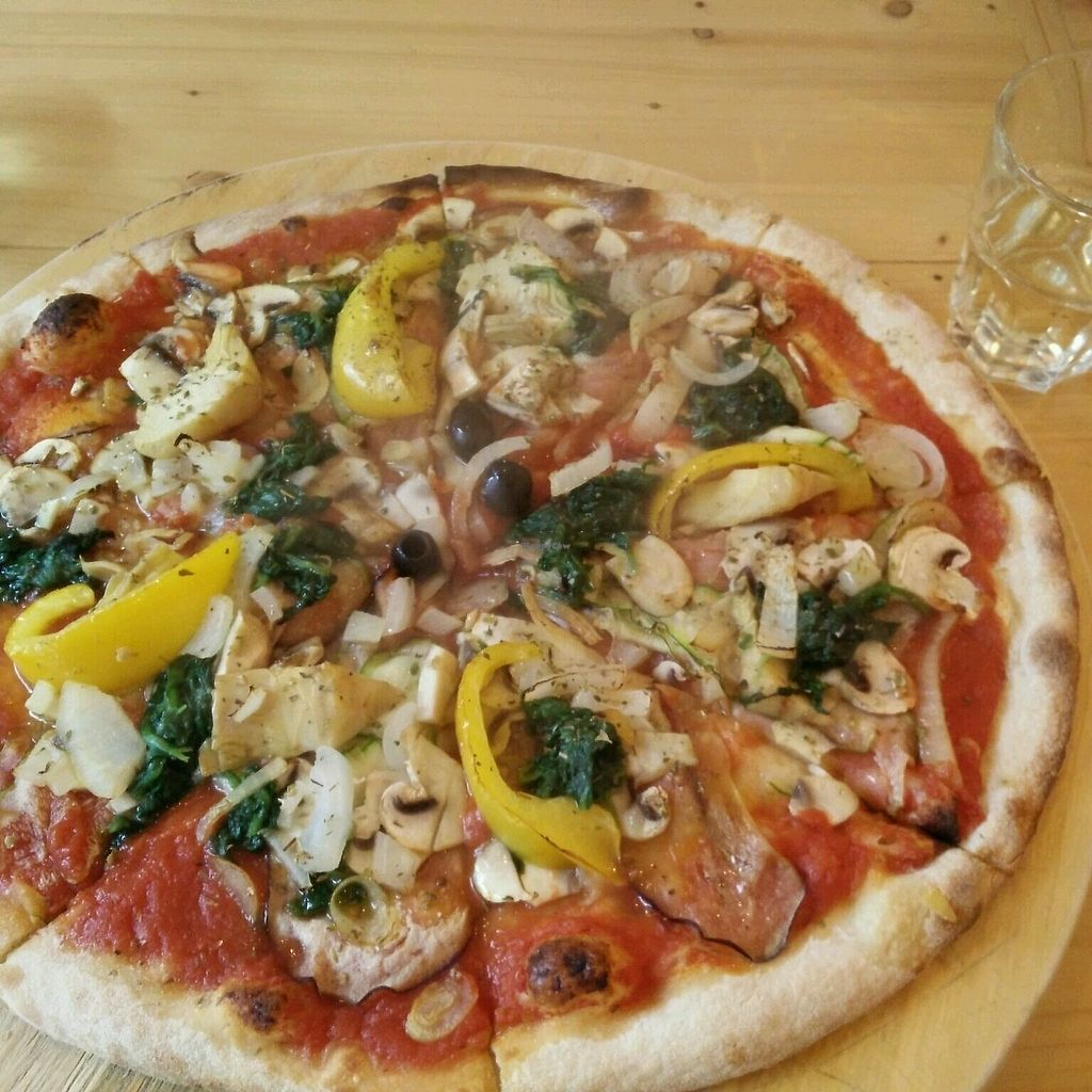"""Photo of That's Amore Pizzeria  by <a href=""""/members/profile/saarous"""">saarous</a> <br/>vegetariana pizza without cheese  <br/> October 7, 2017  - <a href='/contact/abuse/image/25751/312848'>Report</a>"""