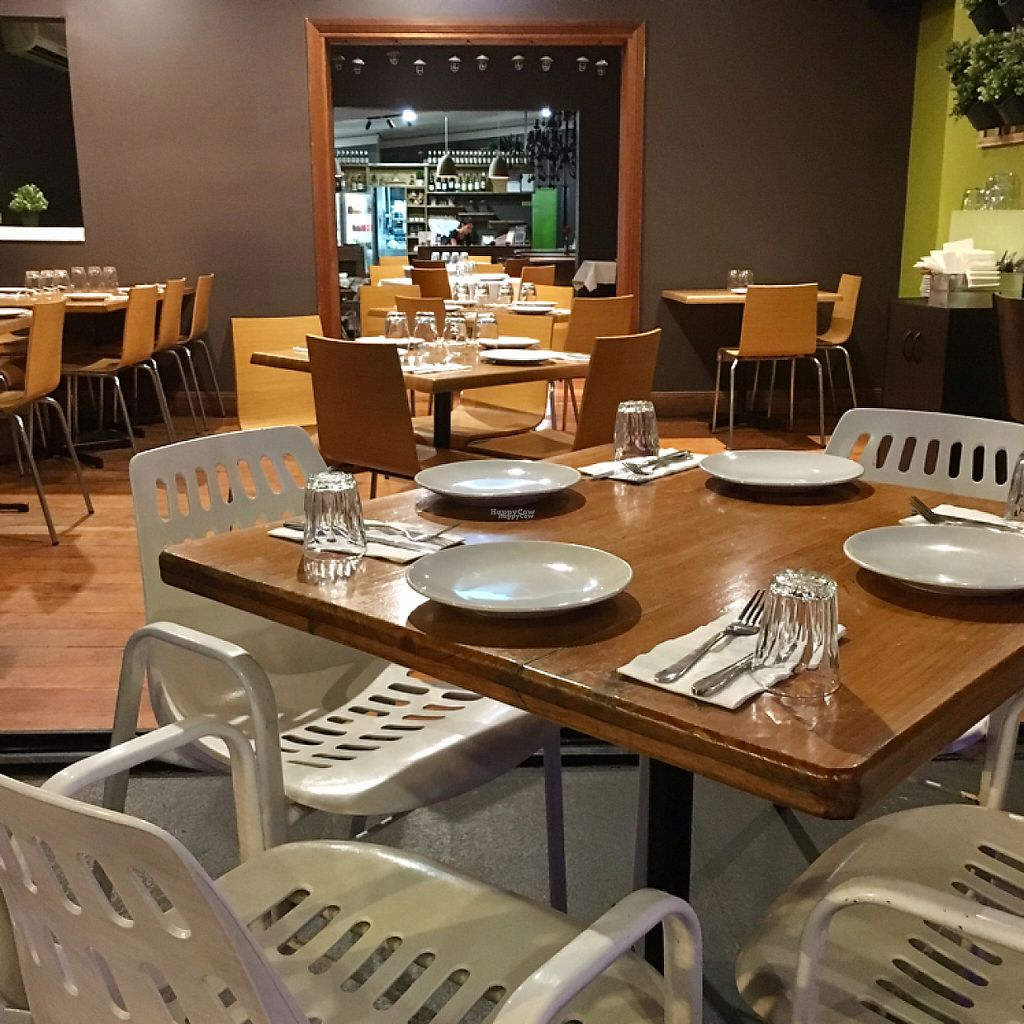 """Photo of Green Thai  by <a href=""""/members/profile/LaPaloquecome"""">LaPaloquecome</a> <br/>Restaurant interior <br/> March 29, 2017  - <a href='/contact/abuse/image/25797/242240'>Report</a>"""