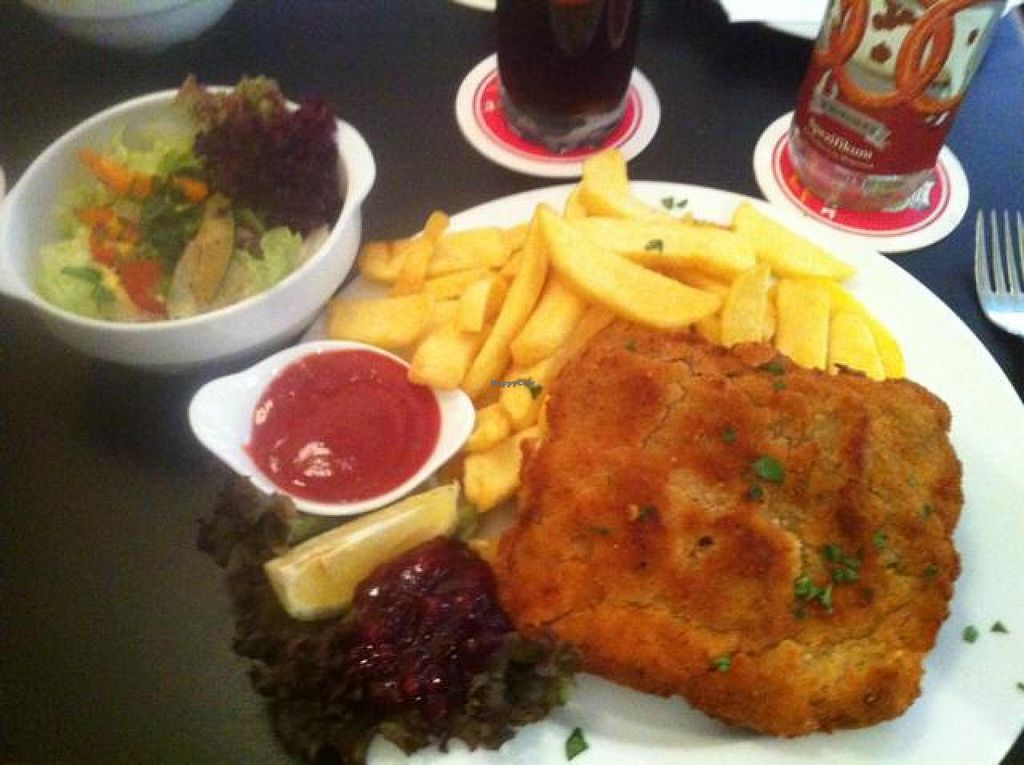 "Photo of Kaffe Dada  by <a href=""/members/profile/vegan_ryan"">vegan_ryan</a> <br/>Wiener Art schnitzel <br/> August 10, 2014  - <a href='/contact/abuse/image/25842/76451'>Report</a>"