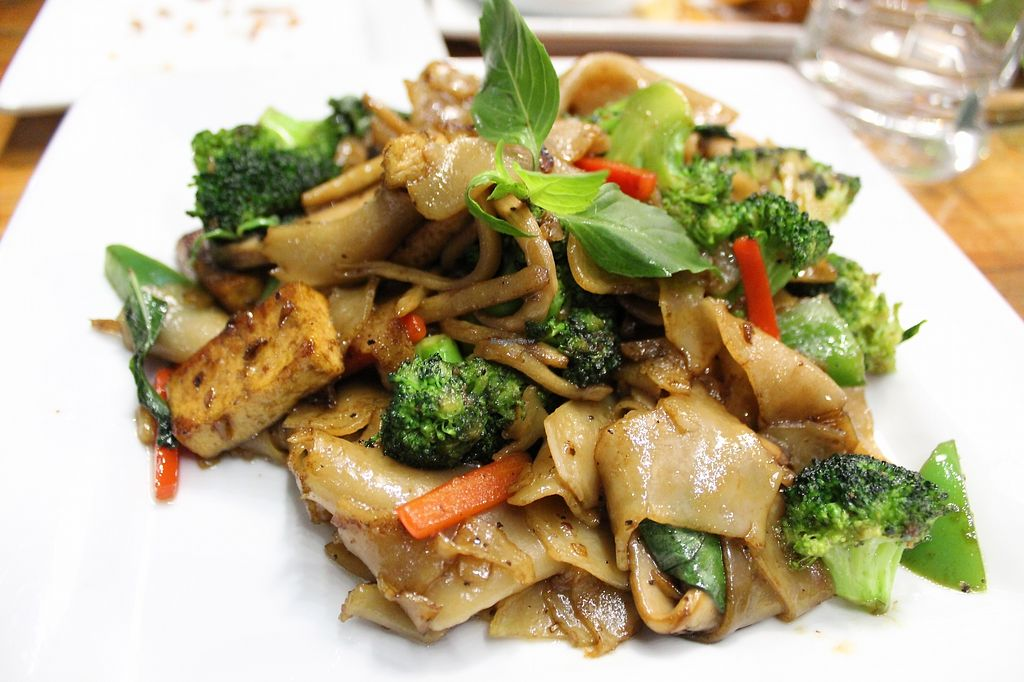 "Photo of Khao San Road  by <a href=""/members/profile/MSVeganGal"">MSVeganGal</a> <br/>Pad key mao with tofu and veggies (made vegan) <br/> March 7, 2018  - <a href='/contact/abuse/image/25862/367817'>Report</a>"