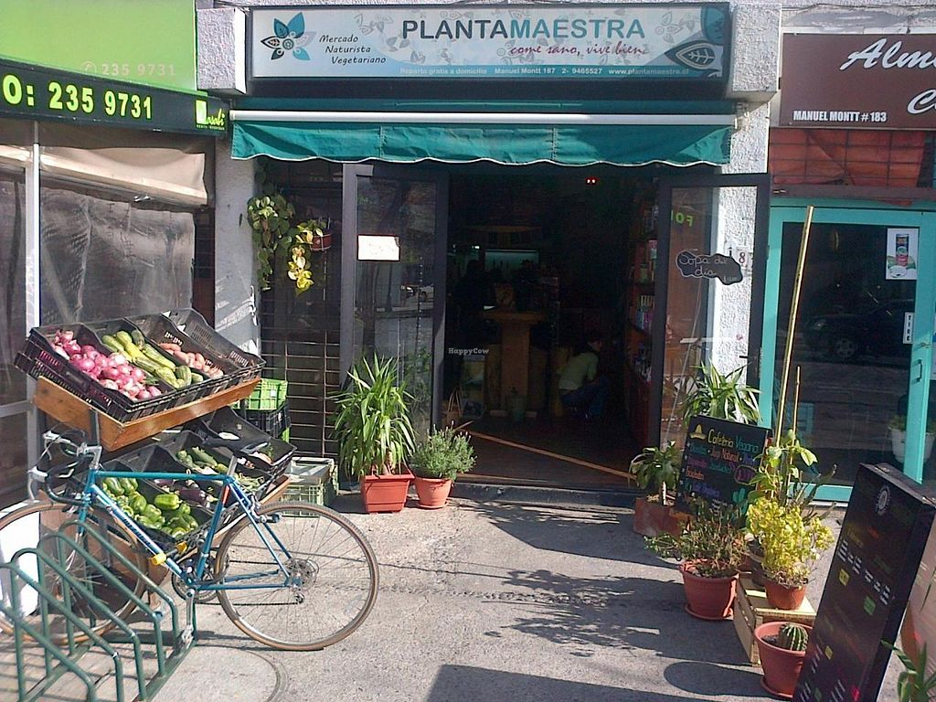 """Photo of Planta Maestra - Av Manuel Montt  by <a href=""""/members/profile/arya00"""">arya00</a> <br/>Planta Maestra Manuel Montt, health food store and vegan cafetería <br/> July 13, 2014  - <a href='/contact/abuse/image/25885/73989'>Report</a>"""