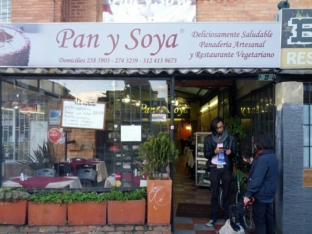 """Photo of Pan y Soya  by <a href=""""/members/profile/binox"""">binox</a> <br/>exterior <br/> January 2, 2017  - <a href='/contact/abuse/image/25922/207056'>Report</a>"""