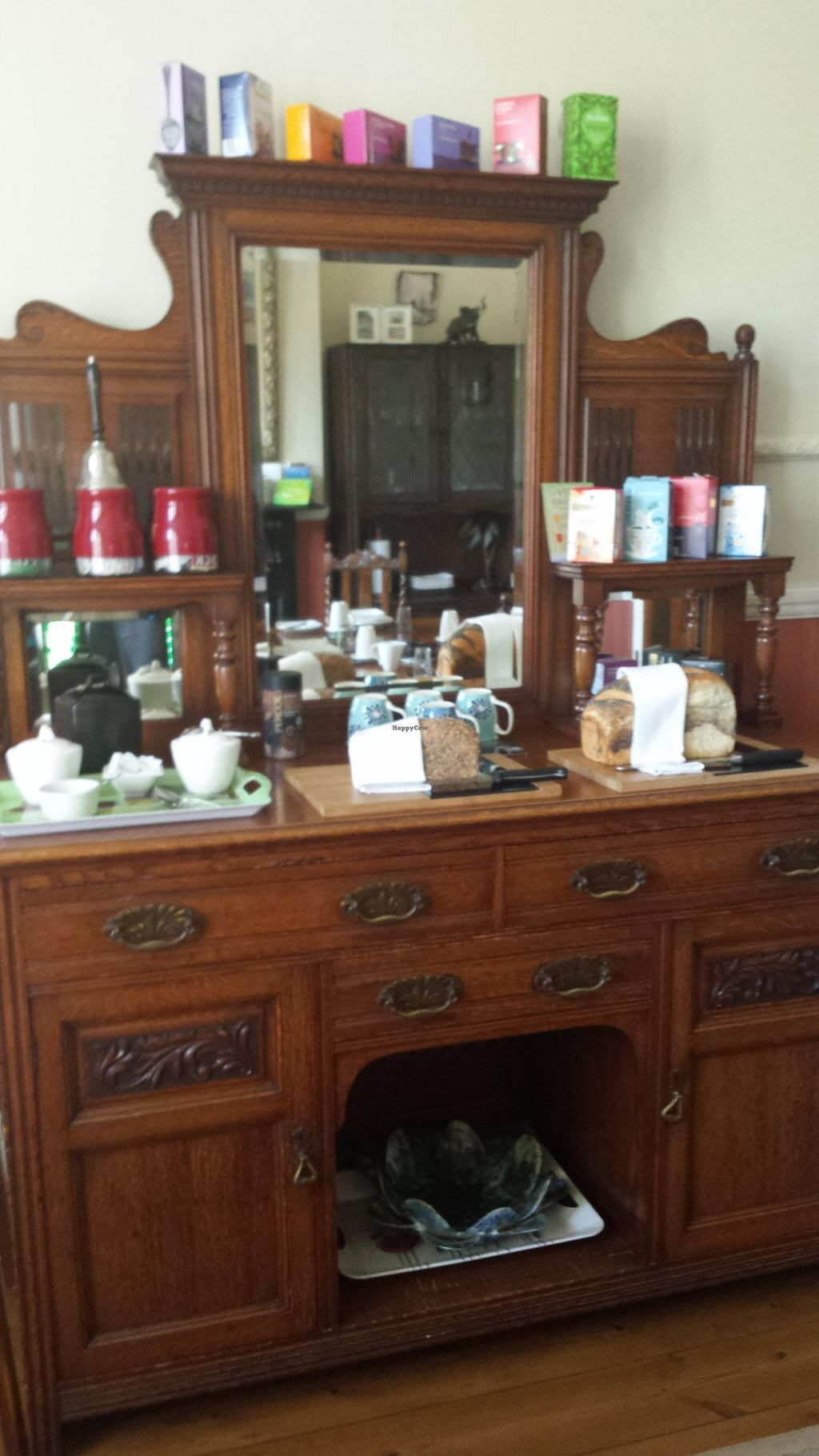 """Photo of BayTree House  by <a href=""""/members/profile/Good%20for%20Vegans"""">Good for Vegans</a> <br/>Dining room <br/> August 28, 2015  - <a href='/contact/abuse/image/25946/115461'>Report</a>"""