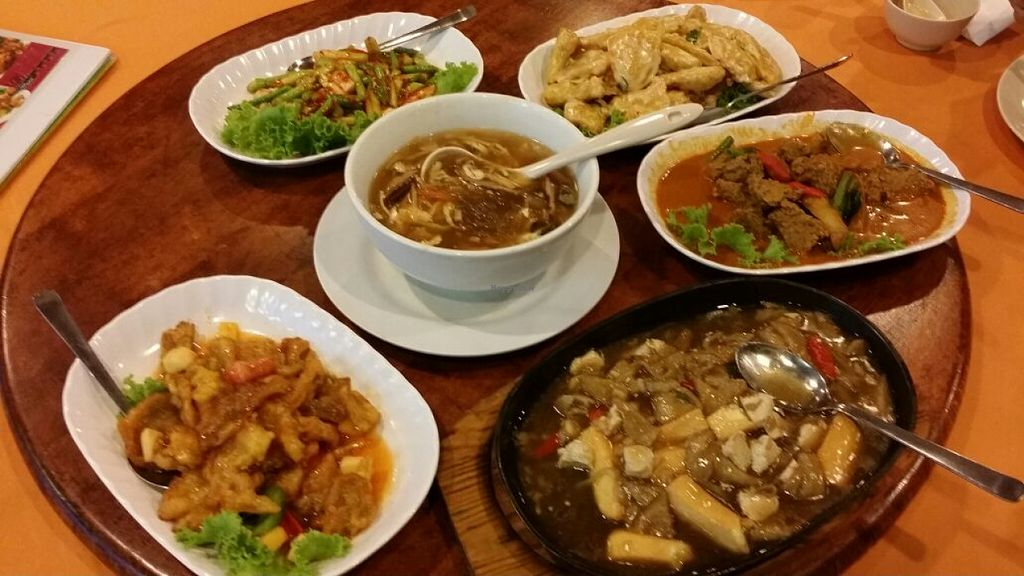 """Photo of Hai Yang - Ocean Restaurant  by <a href=""""/members/profile/walter007"""">walter007</a> <br/>Food <br/> August 16, 2015  - <a href='/contact/abuse/image/25992/113923'>Report</a>"""