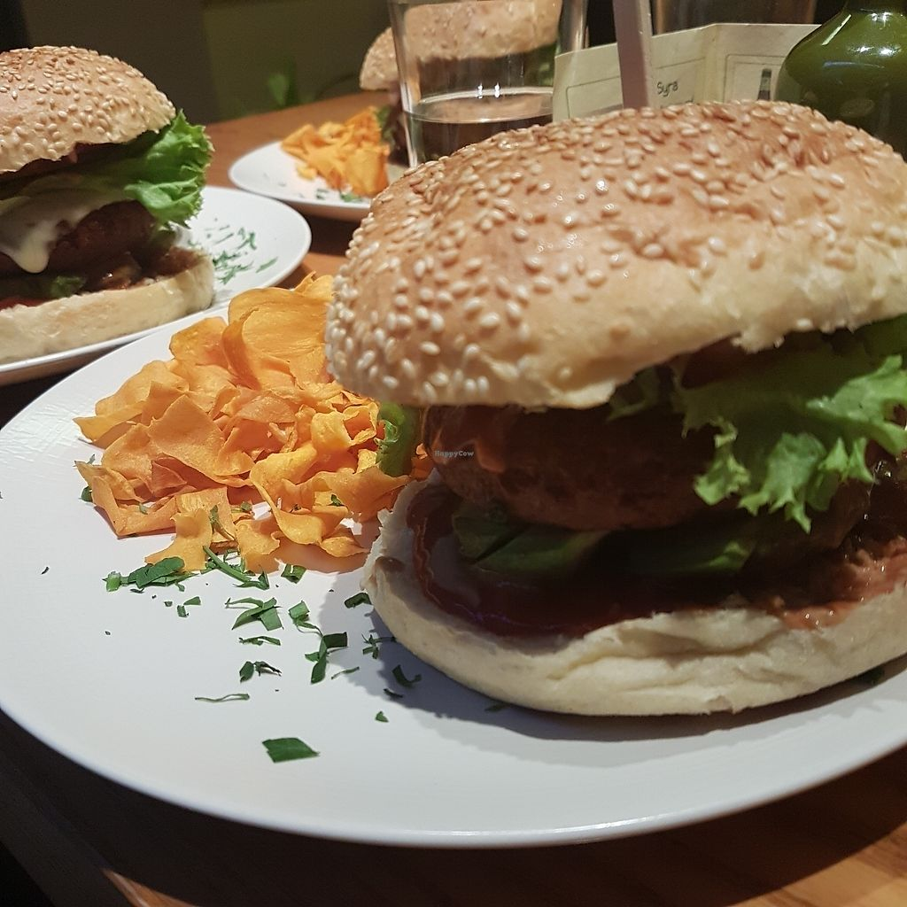"""Photo of Avocado  by <a href=""""/members/profile/walk2peace"""">walk2peace</a> <br/>the burger!!! <br/> December 21, 2017  - <a href='/contact/abuse/image/26015/337863'>Report</a>"""