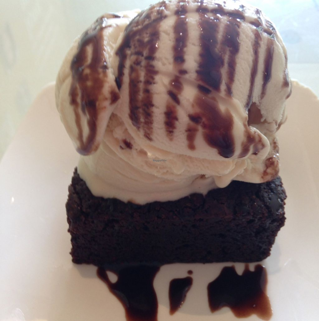 "Photo of Loving Hut  by <a href=""/members/profile/nardanddee"">nardanddee</a> <br/>brownie with vanilla ice cream <br/> July 28, 2016  - <a href='/contact/abuse/image/26019/162930'>Report</a>"