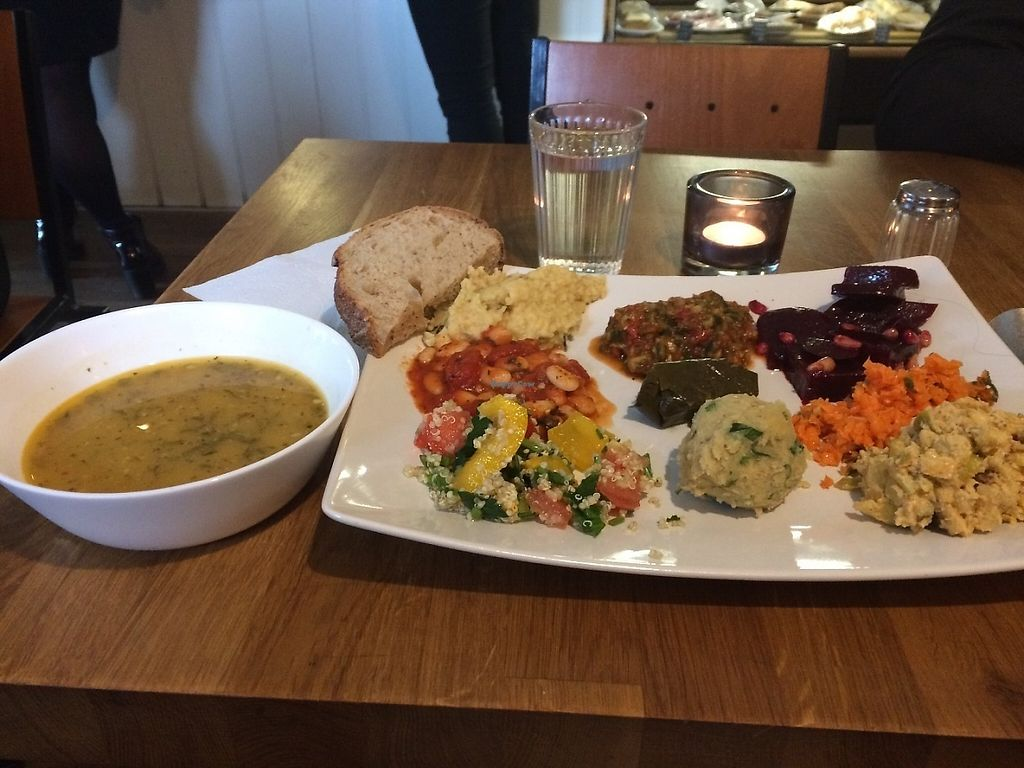 "Photo of En Deli Haga  by <a href=""/members/profile/maddywa"">maddywa</a> <br/>All salad option  <br/> May 14, 2017  - <a href='/contact/abuse/image/26034/258775'>Report</a>"