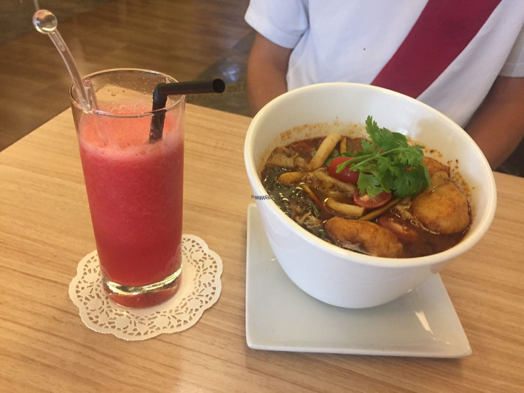 "Photo of Veggie Planet  by <a href=""/members/profile/jozborn"">jozborn</a> <br/>Tom Yam and Watermelon Juice  <br/> January 18, 2017  - <a href='/contact/abuse/image/26064/212988'>Report</a>"
