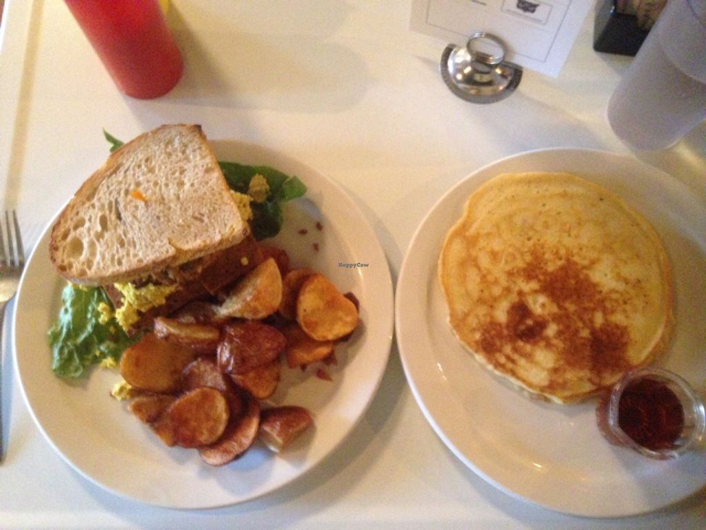 """Photo of The Owlery  by <a href=""""/members/profile/catoline"""">catoline</a> <br/>all vegan everything.  so delicious <br/> December 13, 2015  - <a href='/contact/abuse/image/26138/128237'>Report</a>"""