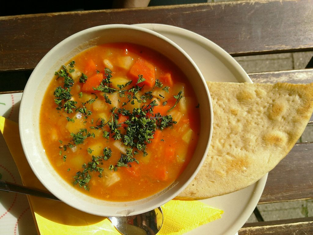 """Photo of Der kleine Vegetarier  by <a href=""""/members/profile/ChristianArleth"""">ChristianArleth</a> <br/>Serbian bean soup <br/> May 6, 2018  - <a href='/contact/abuse/image/26176/396007'>Report</a>"""