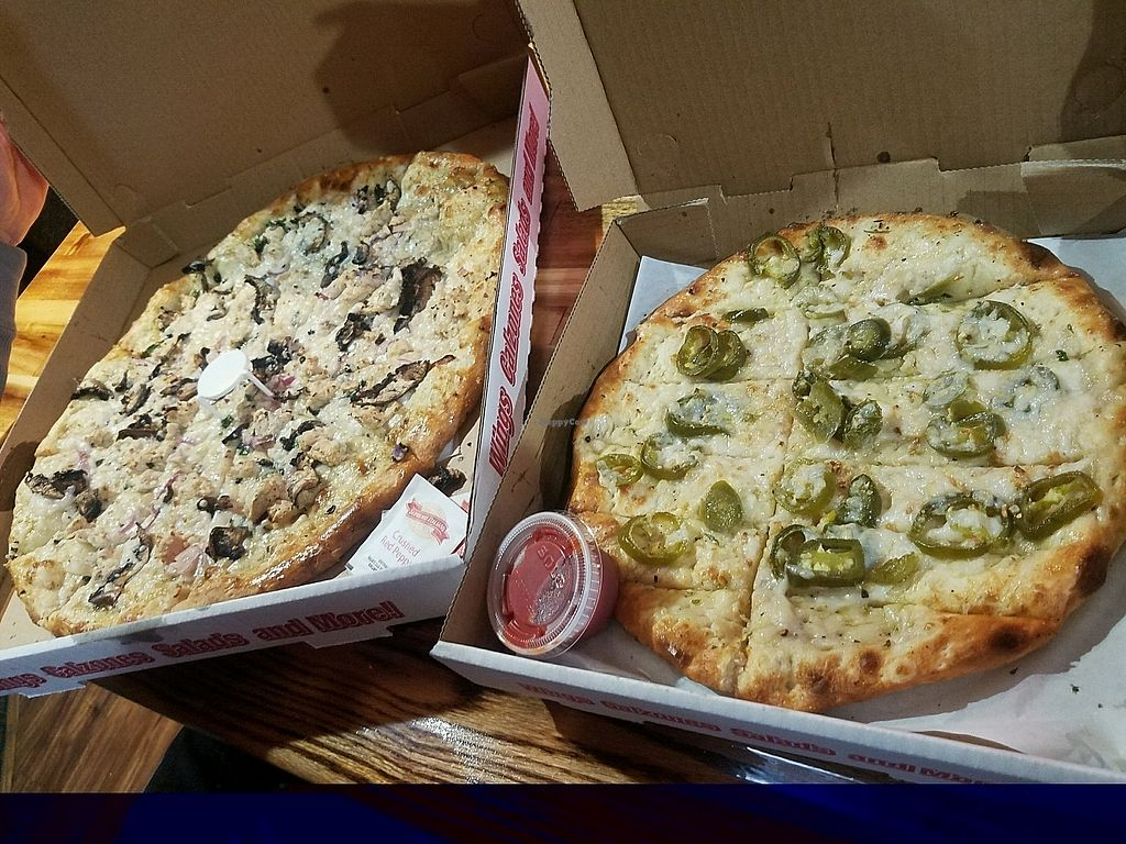 "Photo of Rudy's Pizza  by <a href=""/members/profile/MaddieSteffe"">MaddieSteffe</a> <br/>vegan chicken and garlic pizza with Follow Your Heart mozz and jalapeno garlic cheeze bread! <br/> January 21, 2018  - <a href='/contact/abuse/image/26212/349453'>Report</a>"