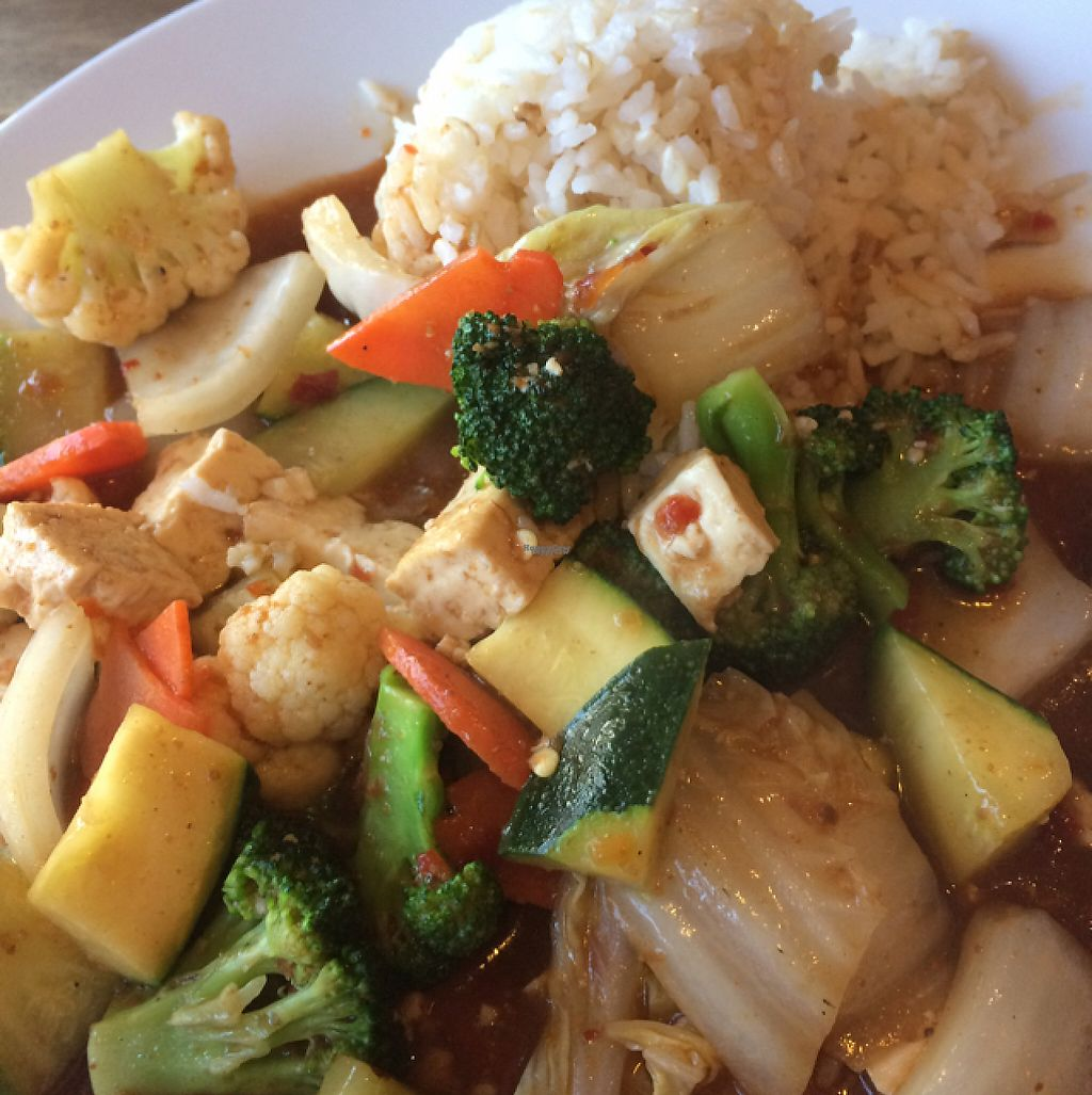 "Photo of Cafe Happy  by <a href=""/members/profile/mongoose10"">mongoose10</a> <br/>tofu and veggies <br/> March 30, 2017  - <a href='/contact/abuse/image/2621/242555'>Report</a>"