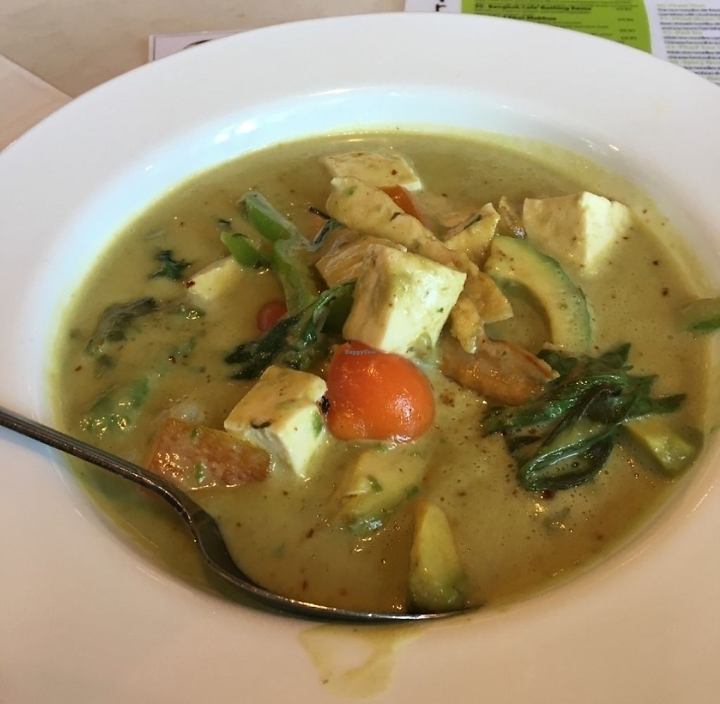 "Photo of Araya's Vegetarian Place  by <a href=""/members/profile/vegan%20frog"">vegan frog</a> <br/>Avocado curry <br/> June 8, 2016  - <a href='/contact/abuse/image/2625/233333'>Report</a>"