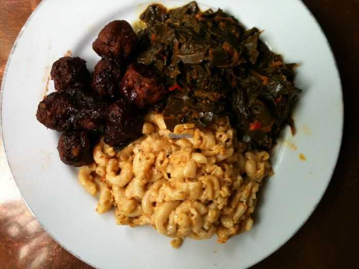 "Photo of Seasoned Vegan  by <a href=""/members/profile/ecoRDN"">ecoRDN</a> <br/>Seasoned Vegan's Plant-Based BBQ Riblets w/ Mac & Cheese