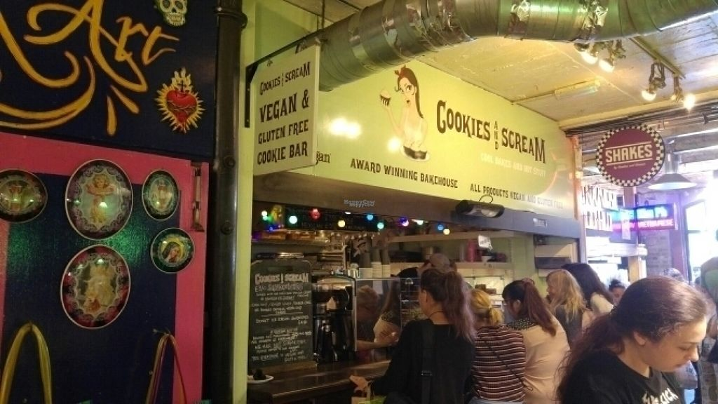 """Photo of CLOSED: Cookies and Scream - Camden Lock Market  by <a href=""""/members/profile/judgecal"""">judgecal</a> <br/>Cookies and Scream Front <br/> August 21, 2016  - <a href='/contact/abuse/image/26297/170466'>Report</a>"""