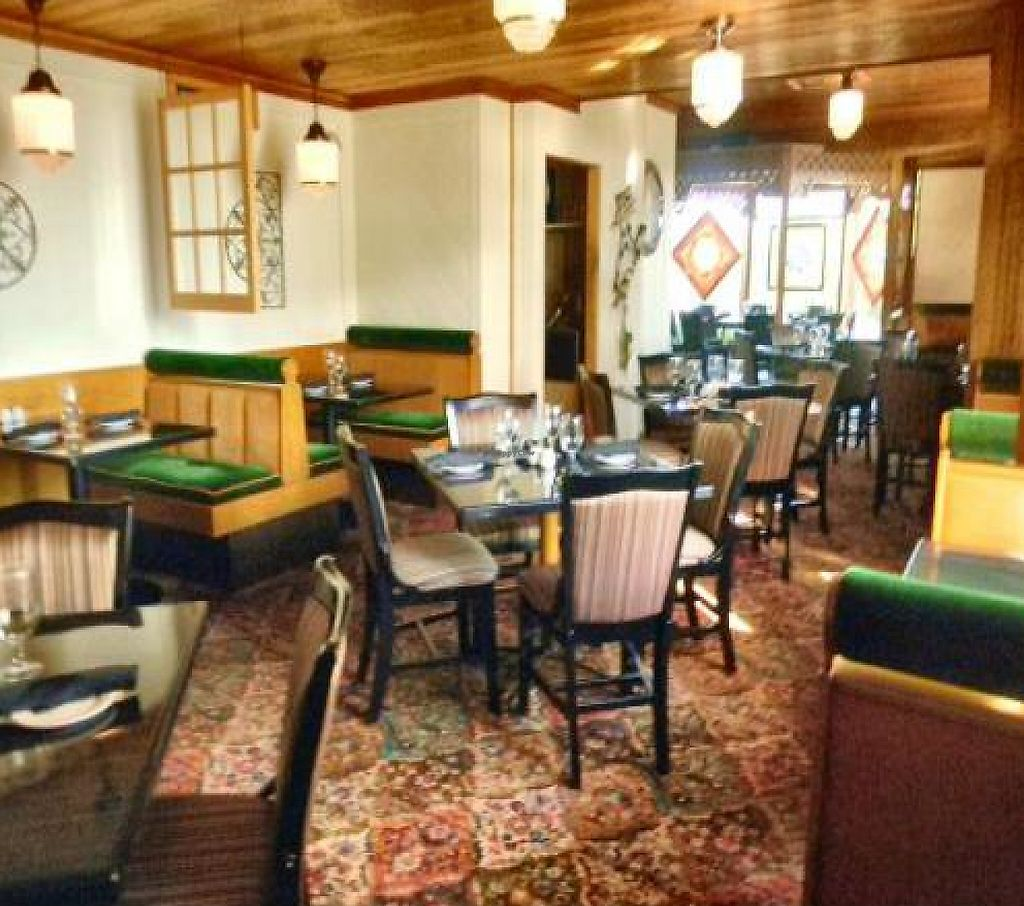 """Photo of CLOSED: The Black Horse Restaurant and Tavern  by <a href=""""/members/profile/Tarebare"""">Tarebare</a> <br/>View of Dining Room <br/> October 13, 2011  - <a href='/contact/abuse/image/26310/192071'>Report</a>"""