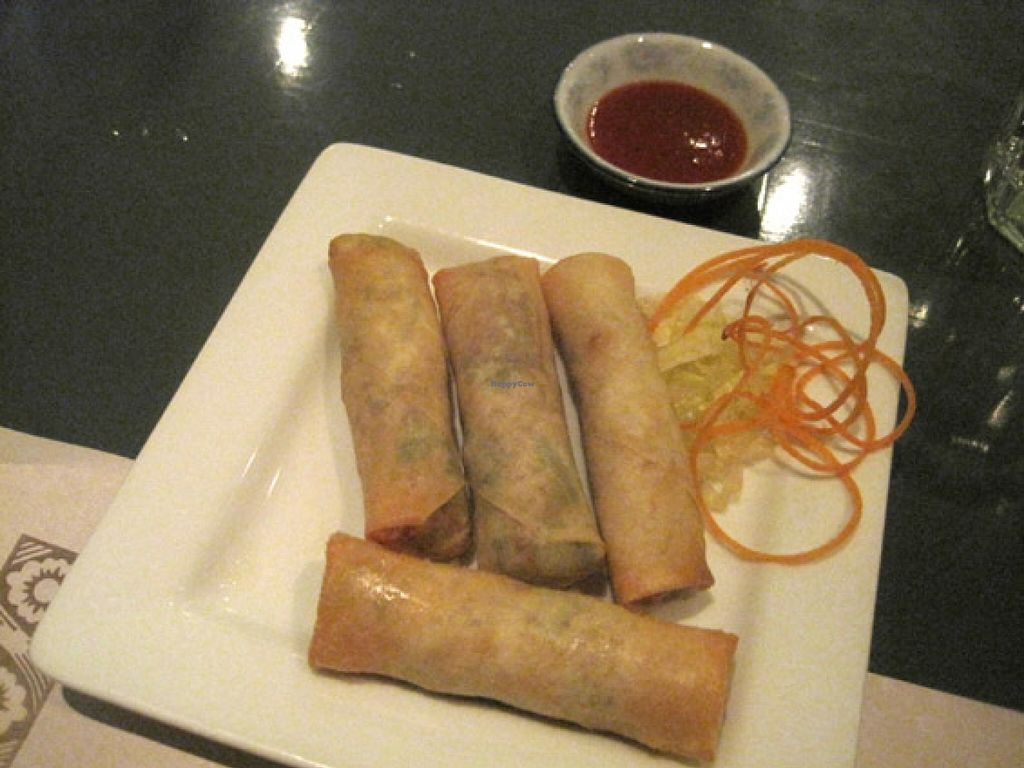 "Photo of CLOSED: Su Shian Yuang  by <a href=""/members/profile/Babette"">Babette</a> <br/>Imperial rolls and sauce. They are pretty good <br/> October 23, 2015  - <a href='/contact/abuse/image/26323/122329'>Report</a>"