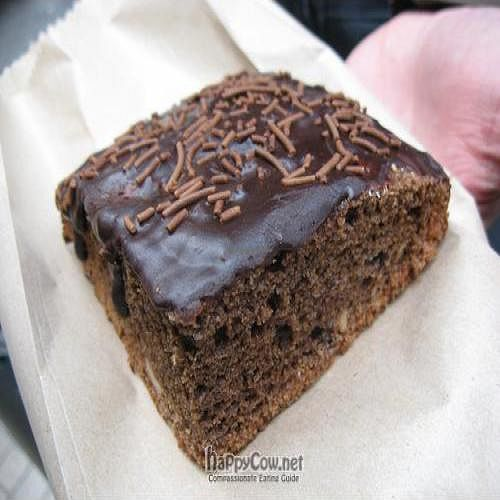 """Photo of Arte Vegetal  by <a href=""""/members/profile/batsnbikes"""">batsnbikes</a> <br/>Vegan brownie-cake and other desserts can be found here <br/> April 19, 2011  - <a href='/contact/abuse/image/26337/8271'>Report</a>"""