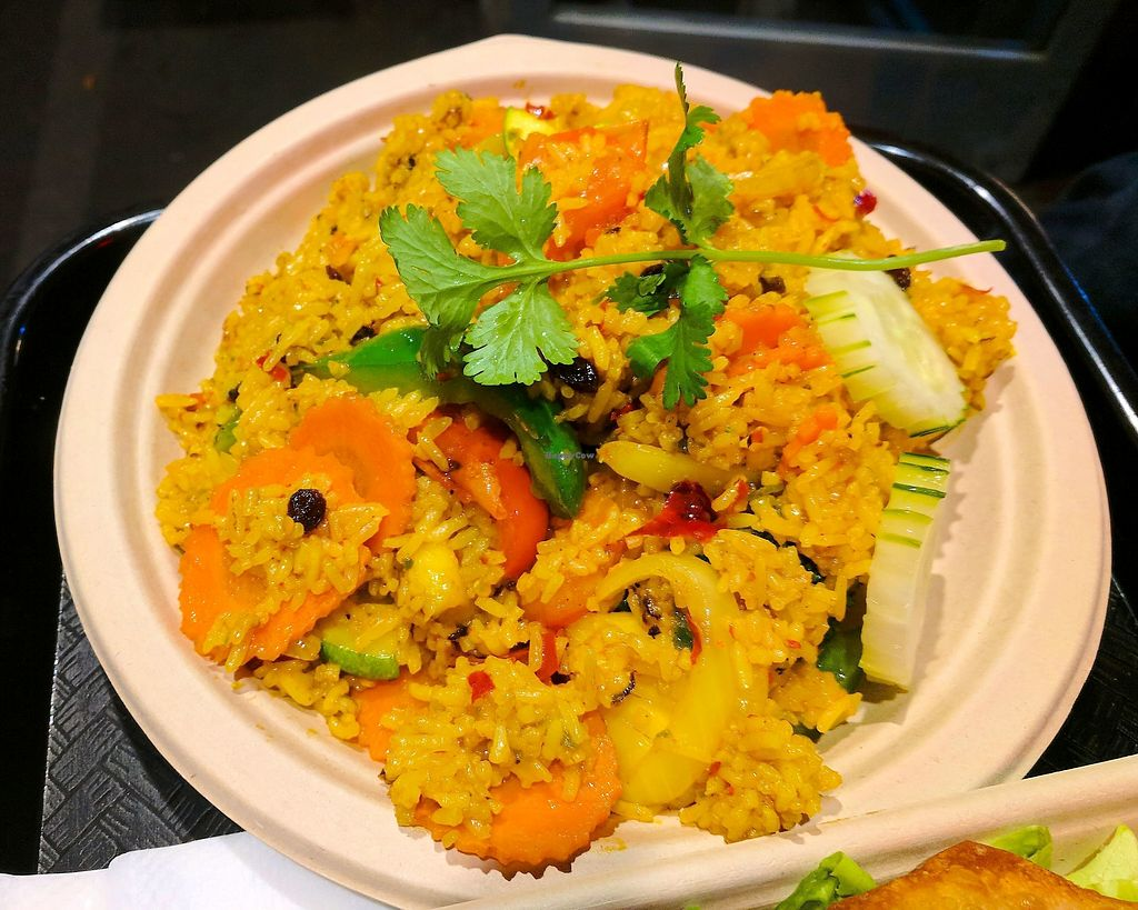 "Photo of Thai Vegan  by <a href=""/members/profile/zenmaestro"">zenmaestro</a> <br/>pineapple fried rice -no tofu <br/> November 23, 2017  - <a href='/contact/abuse/image/26369/328304'>Report</a>"