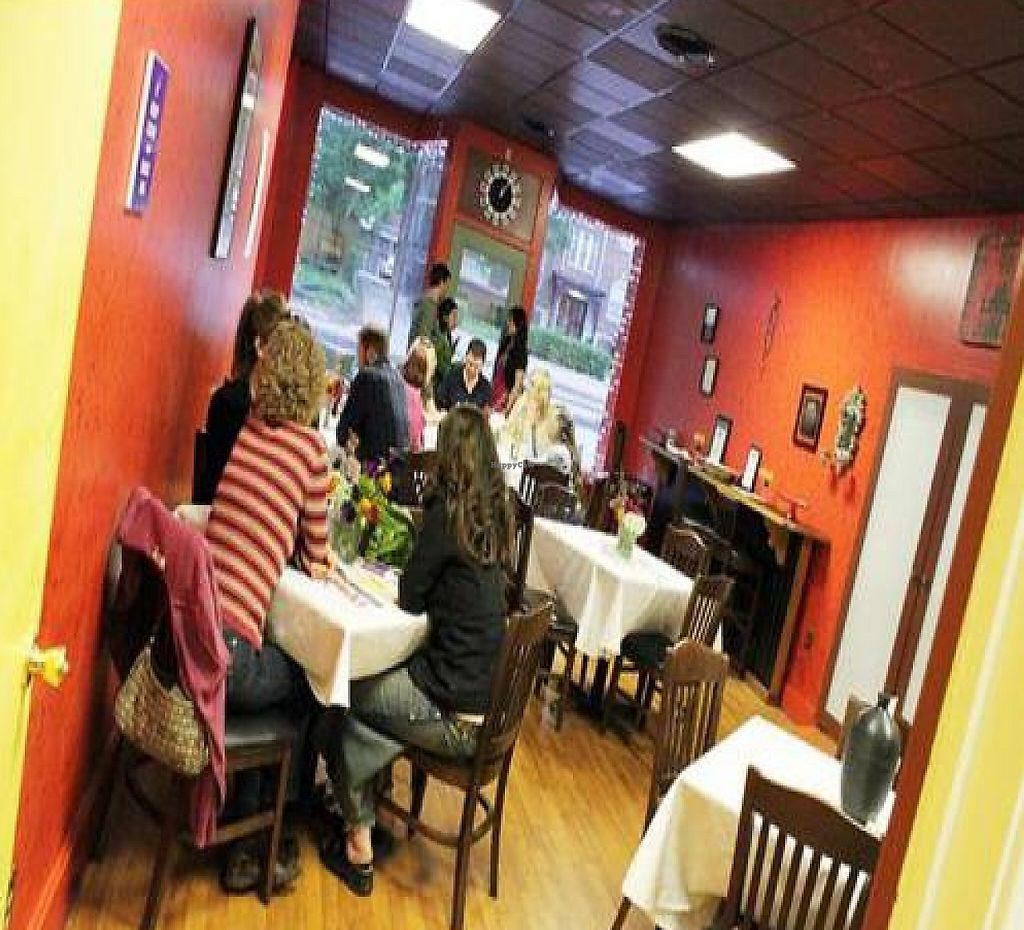 """Photo of Conveniently Natural  by <a href=""""/members/profile/Brian%20Gordon"""">Brian Gordon</a> <br/>Picture from Grand Opening in mid-May.  Walls are painted in non-VOC paints and the floor is made from recycled wood.  Great setting for a cafe.   <br/> June 6, 2011  - <a href='/contact/abuse/image/26371/207068'>Report</a>"""