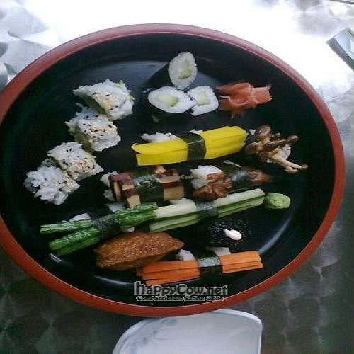 """Photo of CLOSED: Bok Restaurant  by <a href=""""/members/profile/damian0815"""">damian0815</a> <br/>Vege sushi maki plate (for 1 person) <br/> May 1, 2011  - <a href='/contact/abuse/image/26454/8455'>Report</a>"""