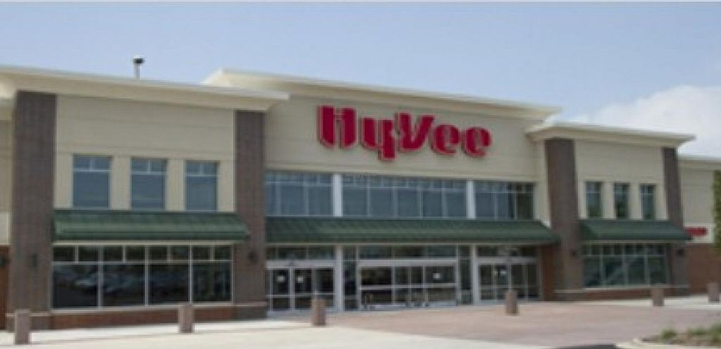 "Photo of Hy-Vee  by <a href=""/members/profile/community"">community</a> <br/>Hy-vee <br/> December 2, 2014  - <a href='/contact/abuse/image/26651/87067'>Report</a>"