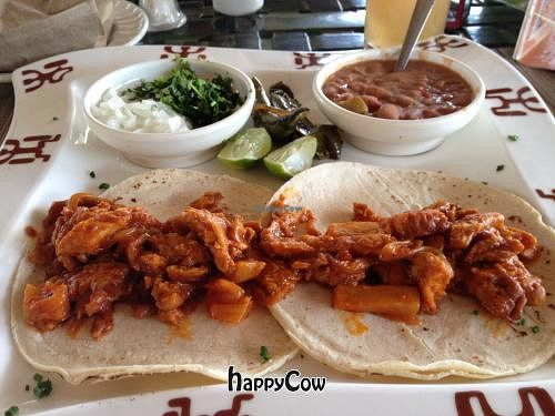 """Photo of Restaurante El Ameyal  by <a href=""""/members/profile/Ajolote"""">Ajolote</a> <br/>Tacos al pastor <br/> January 4, 2013  - <a href='/contact/abuse/image/26662/42312'>Report</a>"""