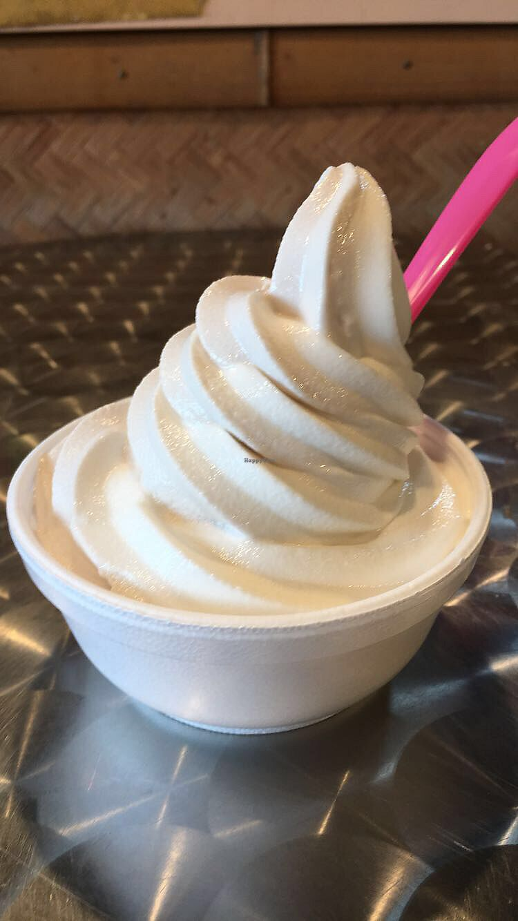 "Photo of Paradise Yogurt  by <a href=""/members/profile/SavannahNordeen"">SavannahNordeen</a> <br/>soy frozen yogurt 10/10 and super affordable this was only $3 something  <br/> July 18, 2017  - <a href='/contact/abuse/image/26726/281928'>Report</a>"