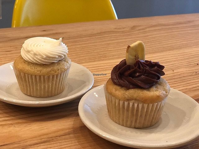 """Photo of Dulce Vegan Bakery and Cafe  by <a href=""""/members/profile/Dancingpurplemermaid"""">Dancingpurplemermaid</a> <br/>Lemon and Banana Chocolate cupcake <br/> April 19, 2018  - <a href='/contact/abuse/image/26735/388279'>Report</a>"""