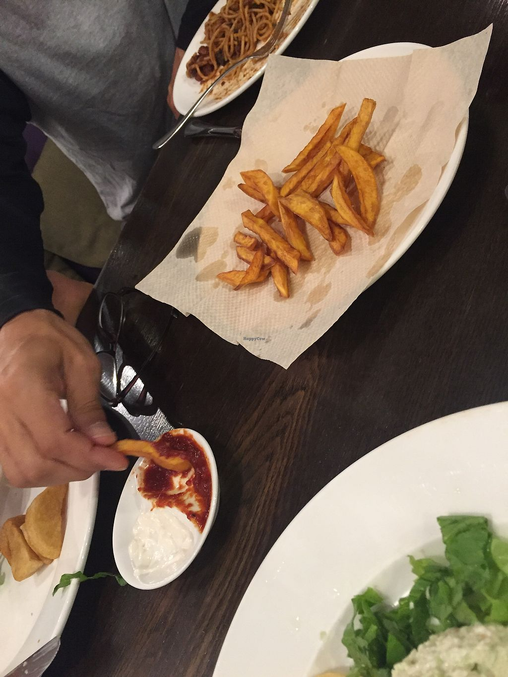"""Photo of CLOSED: The Veggie Table  by <a href=""""/members/profile/H2OAddict"""">H2OAddict</a> <br/>Sweet potato fries with vegan mayo and homemade ketchup <br/> August 20, 2017  - <a href='/contact/abuse/image/26742/294606'>Report</a>"""