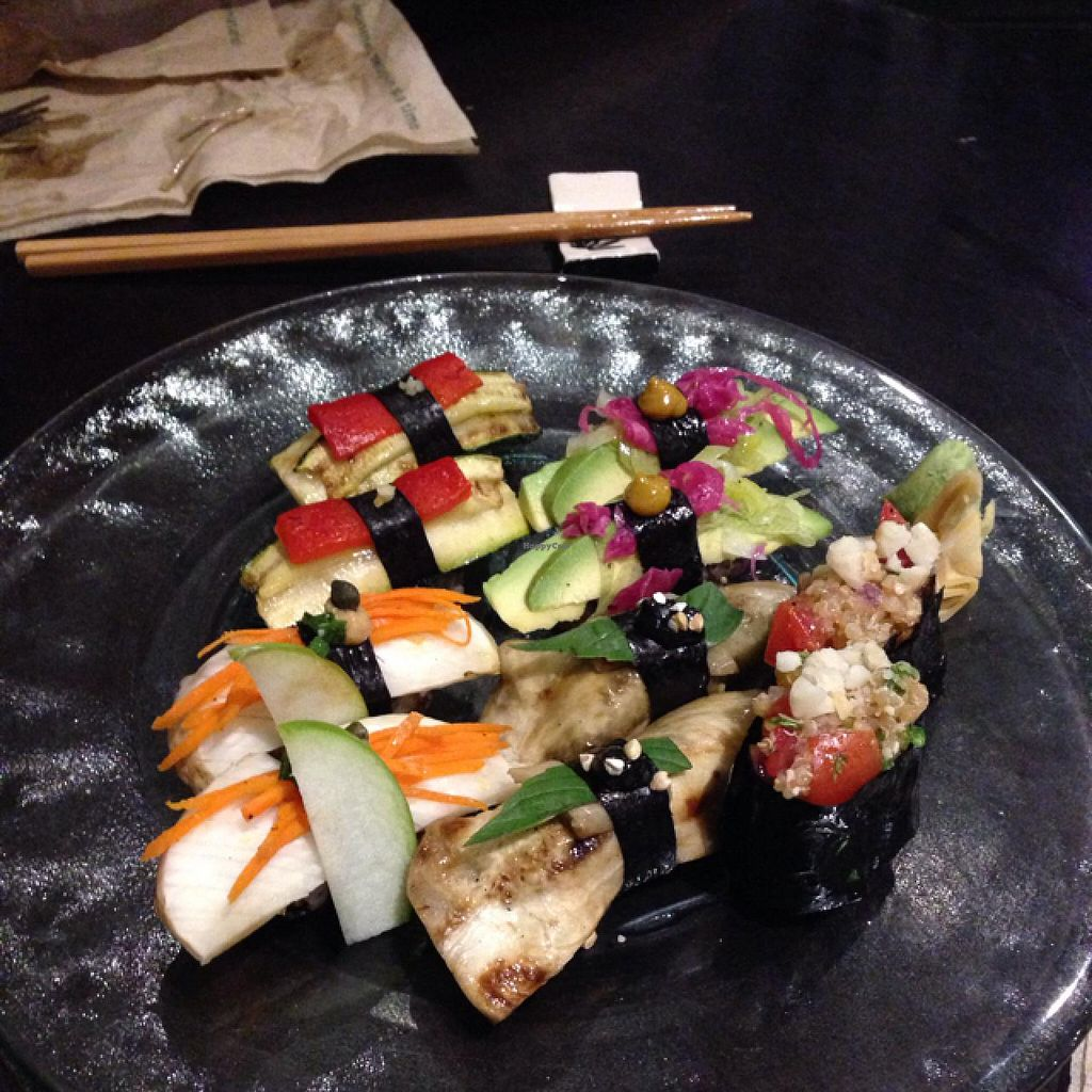 """Photo of Choice Health Bar  by <a href=""""/members/profile/Labylala"""">Labylala</a> <br/>sampler sushi <br/> June 24, 2015  - <a href='/contact/abuse/image/26808/107208'>Report</a>"""