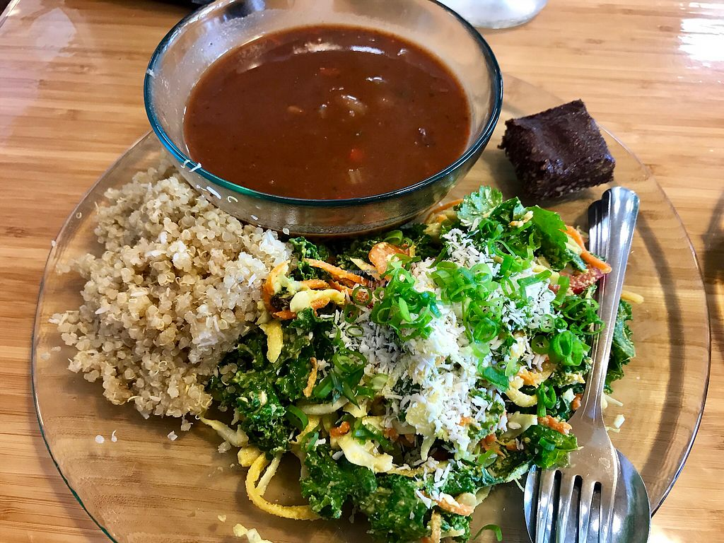 """Photo of Choice Health Bar  by <a href=""""/members/profile/FatTonyBMX"""">FatTonyBMX</a> <br/>Healthy plate lunch  <br/> December 10, 2017  - <a href='/contact/abuse/image/26808/334116'>Report</a>"""