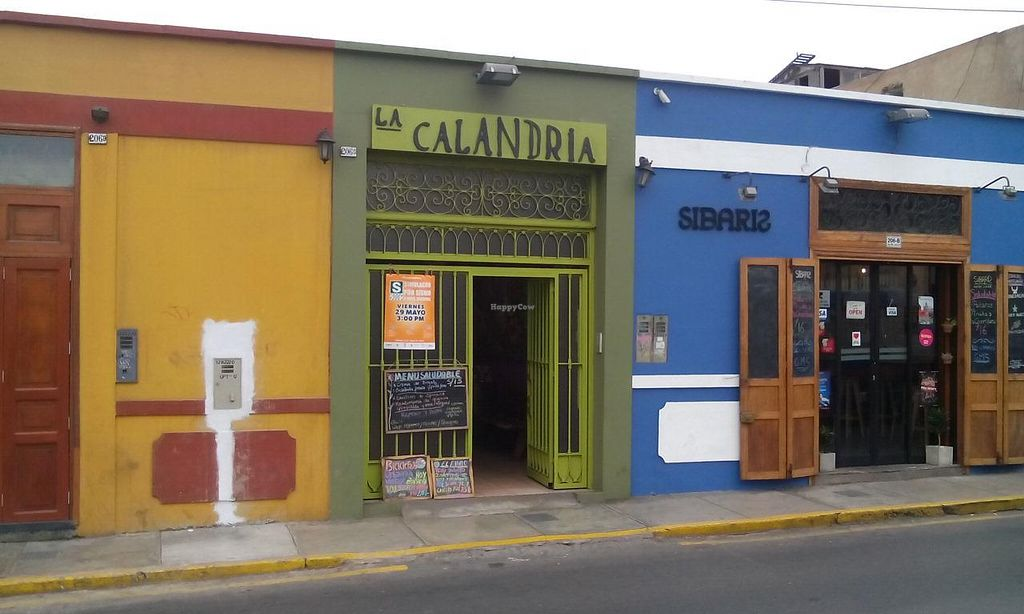 """Photo of La Calandria  by <a href=""""/members/profile/community"""">community</a> <br/>La Calandria <br/> June 3, 2015  - <a href='/contact/abuse/image/26848/104574'>Report</a>"""