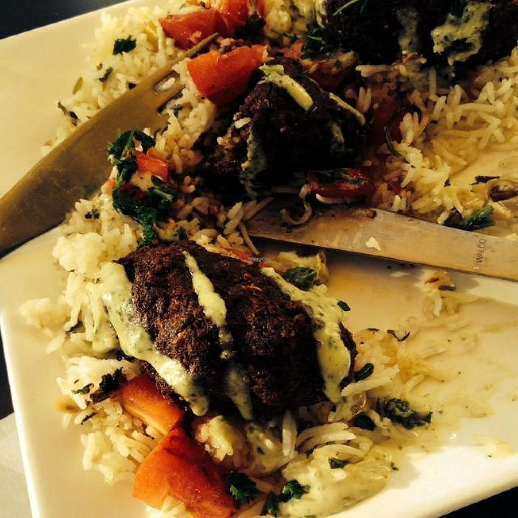 """Photo of Meze 119  by <a href=""""/members/profile/Wynsumcascade"""">Wynsumcascade</a> <br/>vegan shish kebab yummy! <br/> October 29, 2014  - <a href='/contact/abuse/image/26880/84181'>Report</a>"""