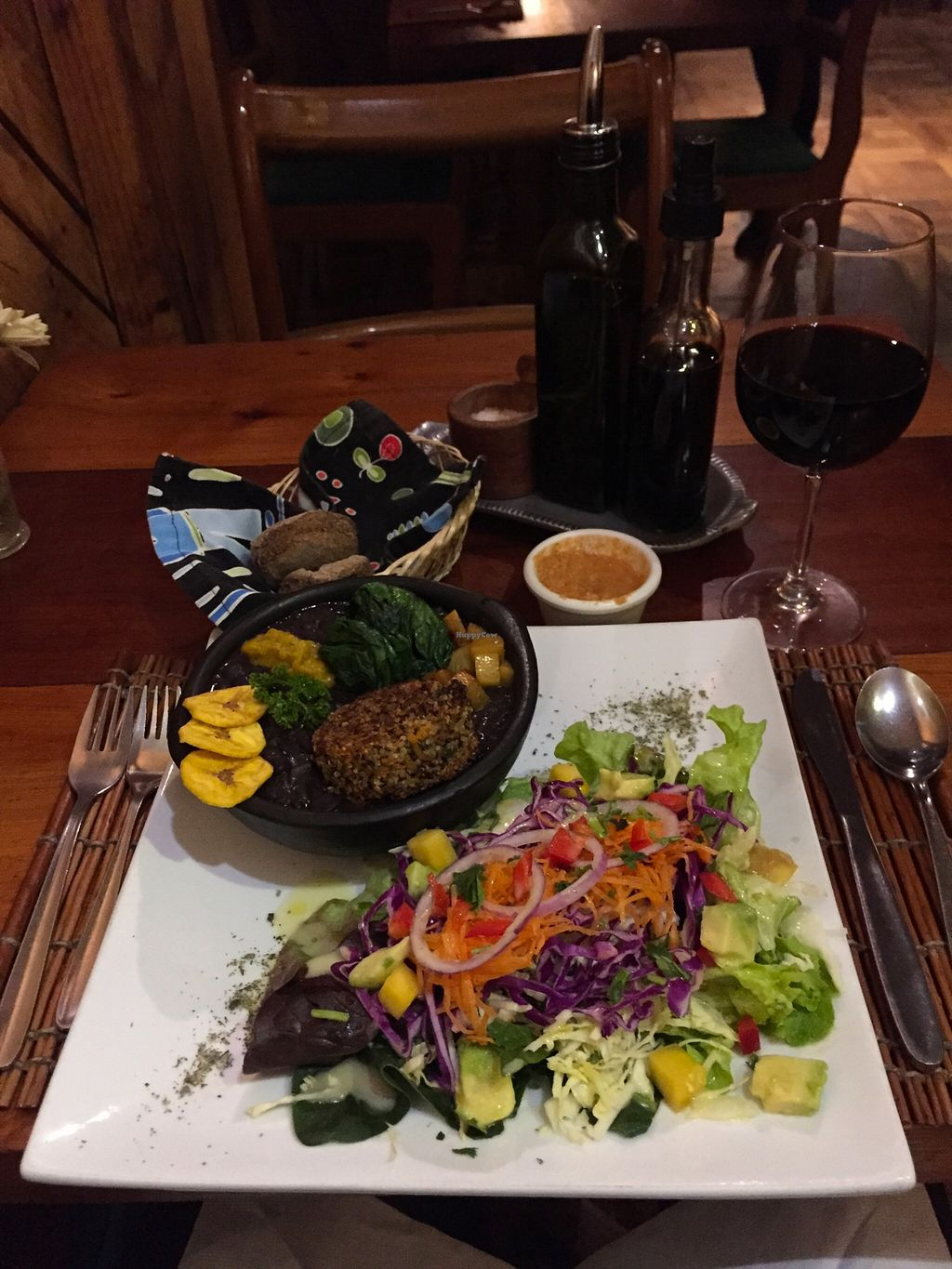 """Photo of El Huerto  by <a href=""""/members/profile/beckettthedog"""">beckettthedog</a> <br/>Habanero Vegano @ El Huerto in Stantiago Caribbean salad (advocate and mango with mojo dressing and mint) Spicy black beans with baked pineapple, plantain chips and quinoa croquette. Also included was a tasting of squash curry with coconut milk  <br/> September 1, 2015  - <a href='/contact/abuse/image/2693/116075'>Report</a>"""