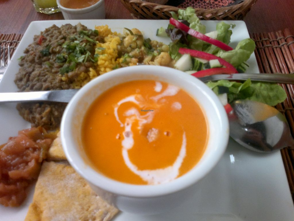 """Photo of El Huerto  by <a href=""""/members/profile/Patapompon"""">Patapompon</a> <br/>Weekly set menu: 'South of India' (vegan) - Tomato soup w/ coco milk, spices (garam masala) & grilled tofu - Masoor dal + rice w/ lemon, cardamom & turmeric - Aloo gobi: asparagus, cauliflower, potatoes, ginger, mustard seeds + chapati & salad <br/> November 27, 2015  - <a href='/contact/abuse/image/2693/126313'>Report</a>"""