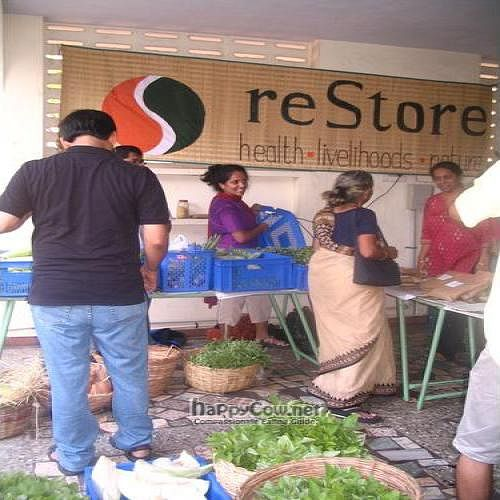 "Photo of reStore  by <a href=""/members/profile/Radhika%20Rammohan"">Radhika Rammohan</a> <br/>reStore vegetable market <br/> June 19, 2011  - <a href='/contact/abuse/image/27149/9288'>Report</a>"