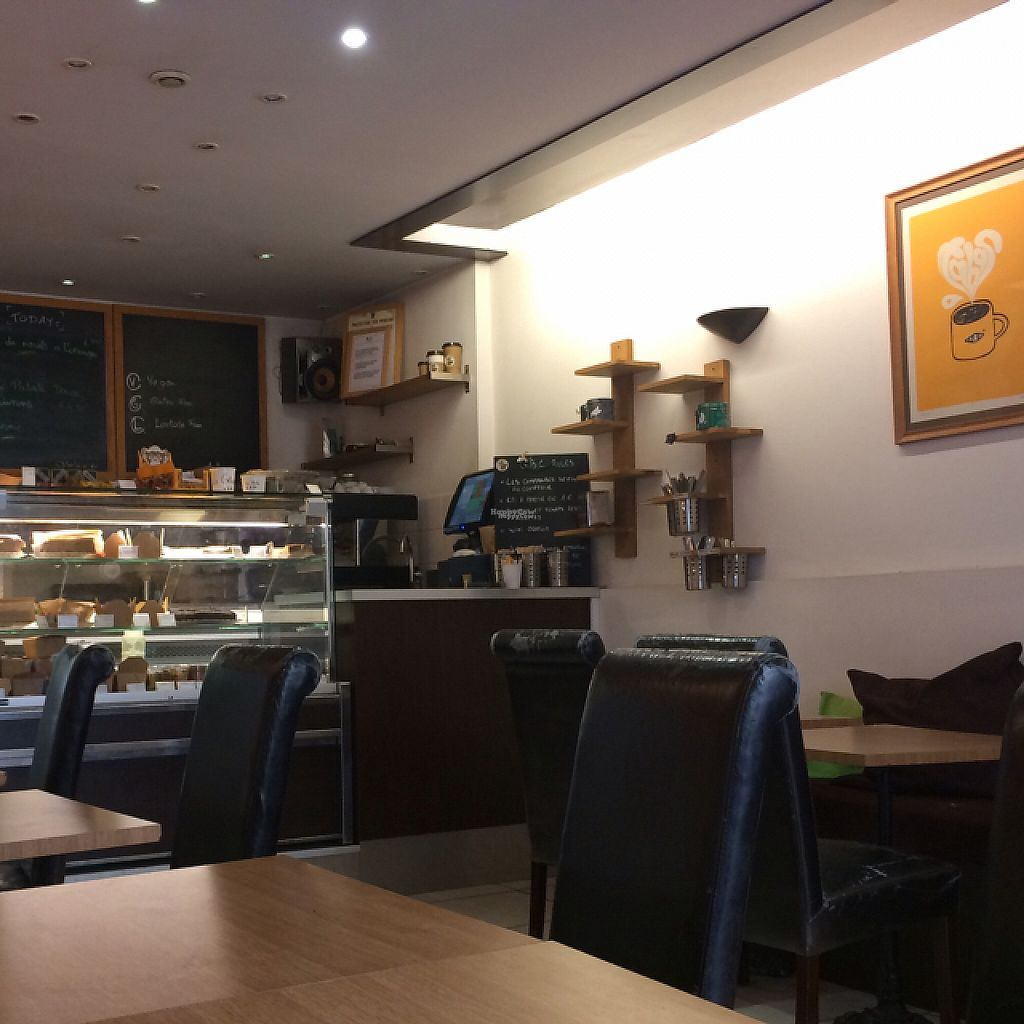 """Photo of Green Bear Coffee - Glandeves  by <a href=""""/members/profile/Plantpower"""">Plantpower</a> <br/>cosy cafe  <br/> March 17, 2017  - <a href='/contact/abuse/image/27183/237655'>Report</a>"""