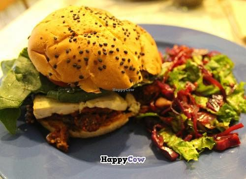 "Photo of Pan Comido Vegetariano - Tonala   by <a href=""/members/profile/kezia"">kezia</a> <br/>Pan Comido Vegetariano veggie burger vegan  <br/> November 24, 2013  - <a href='/contact/abuse/image/27201/59011'>Report</a>"
