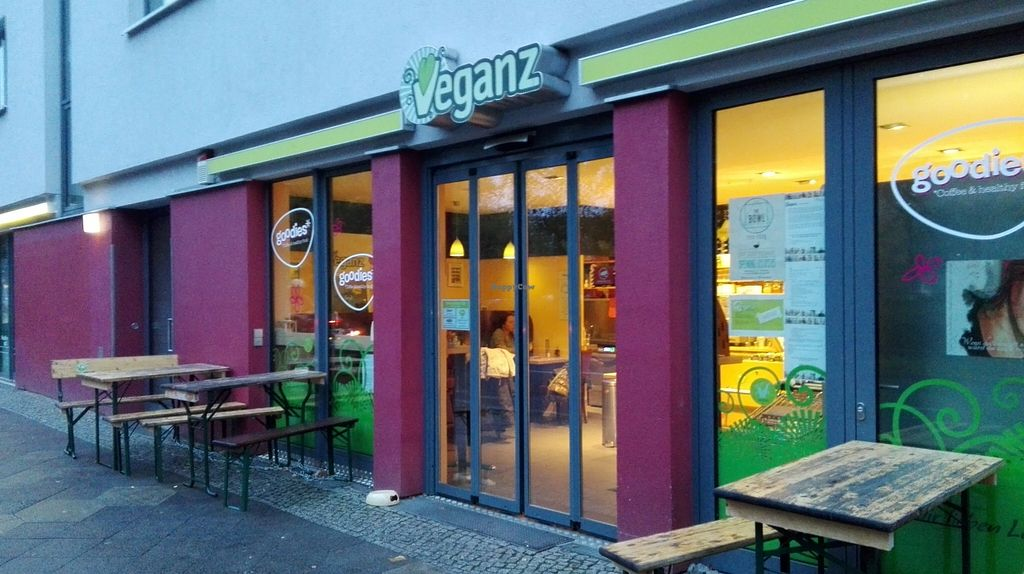 """Photo of Veganz - Schivelbeiner Strasse  by <a href=""""/members/profile/FlorFrutal"""">FlorFrutal</a> <br/>Veganz, outside <br/> October 30, 2015  - <a href='/contact/abuse/image/27300/123229'>Report</a>"""