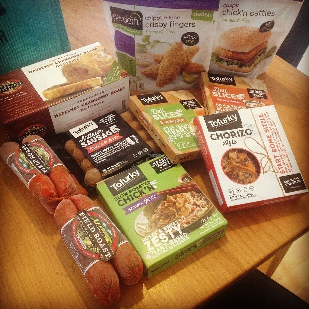 """Photo of Veganz - Schivelbeiner Strasse  by <a href=""""/members/profile/o0Carolyn0o"""">o0Carolyn0o</a> <br/>Food haul! Can't wait to have that Fieldroast for Canadian Thanksgiving! <br/> October 5, 2016  - <a href='/contact/abuse/image/27300/179852'>Report</a>"""