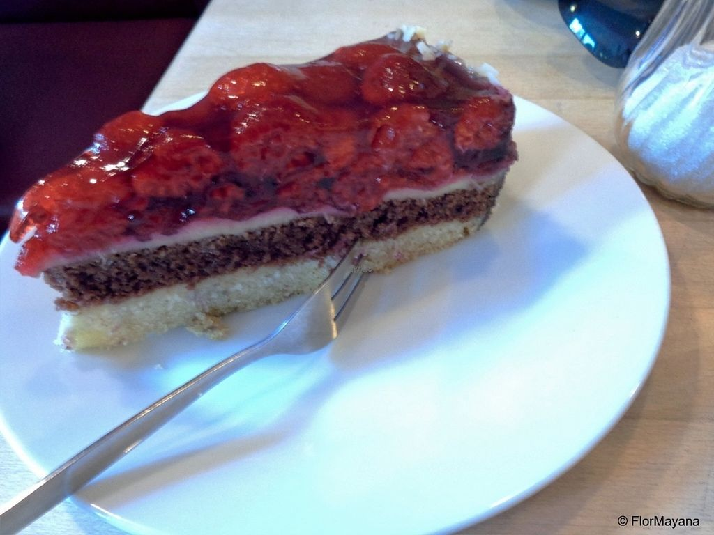 """Photo of Goodies Cafe - Veganz Schivelbeiner Str  by <a href=""""/members/profile/FlorMayana"""">FlorMayana</a> <br/>so good!!! <br/> September 17, 2016  - <a href='/contact/abuse/image/27316/176349'>Report</a>"""