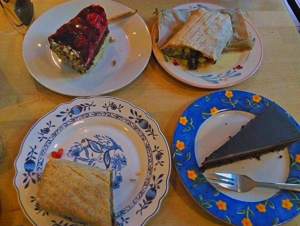 """Photo of Goodies Cafe - Veganz Schivelbeiner Str  by <a href=""""/members/profile/FlorMayana"""">FlorMayana</a> <br/>soo good!! <br/> September 17, 2016  - <a href='/contact/abuse/image/27316/176351'>Report</a>"""