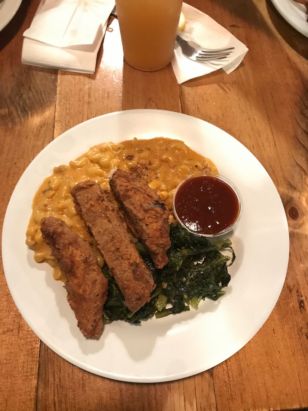 """Photo of The Hogtown Vegan  by <a href=""""/members/profile/De_vegyn"""">De_vegyn</a> <br/>southern combo - unchicken strips, mac and cheese, collars greens <br/> July 5, 2017  - <a href='/contact/abuse/image/27318/276813'>Report</a>"""